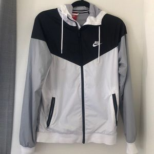 Nike Mens windbreaker jacket